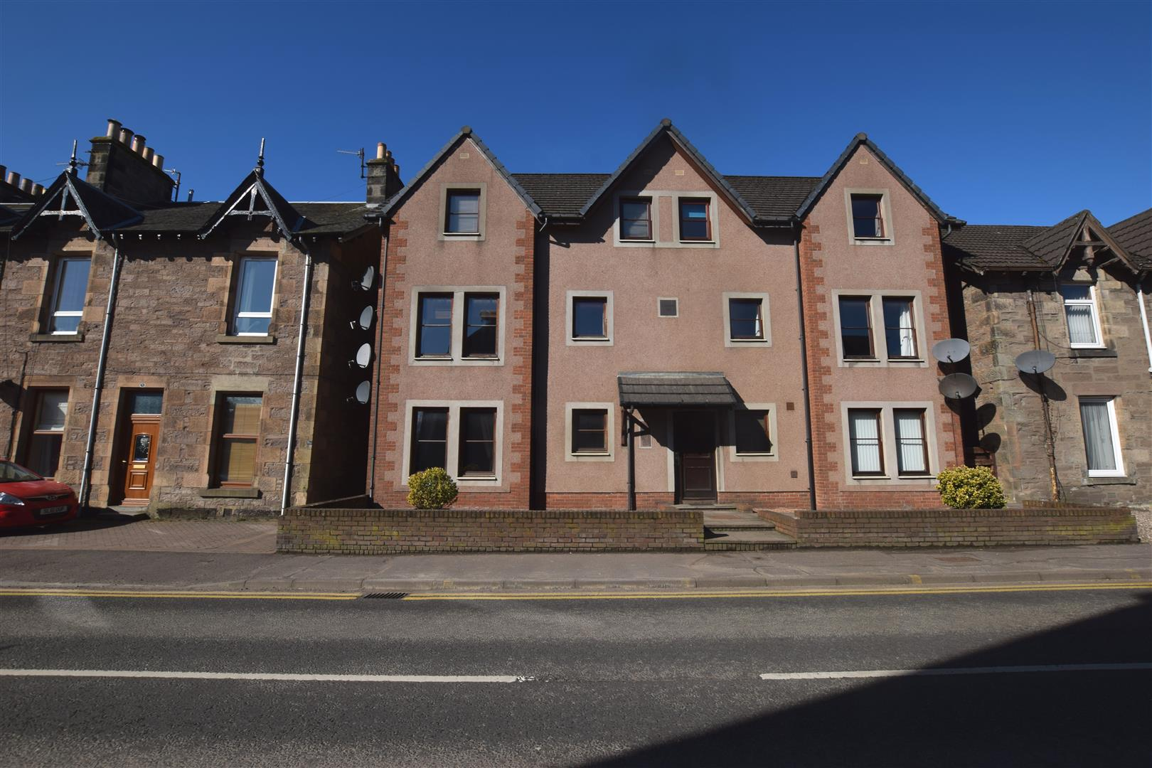 Flat E, Priory Court, Priory Place, PERTH, PH2 0EU, UK